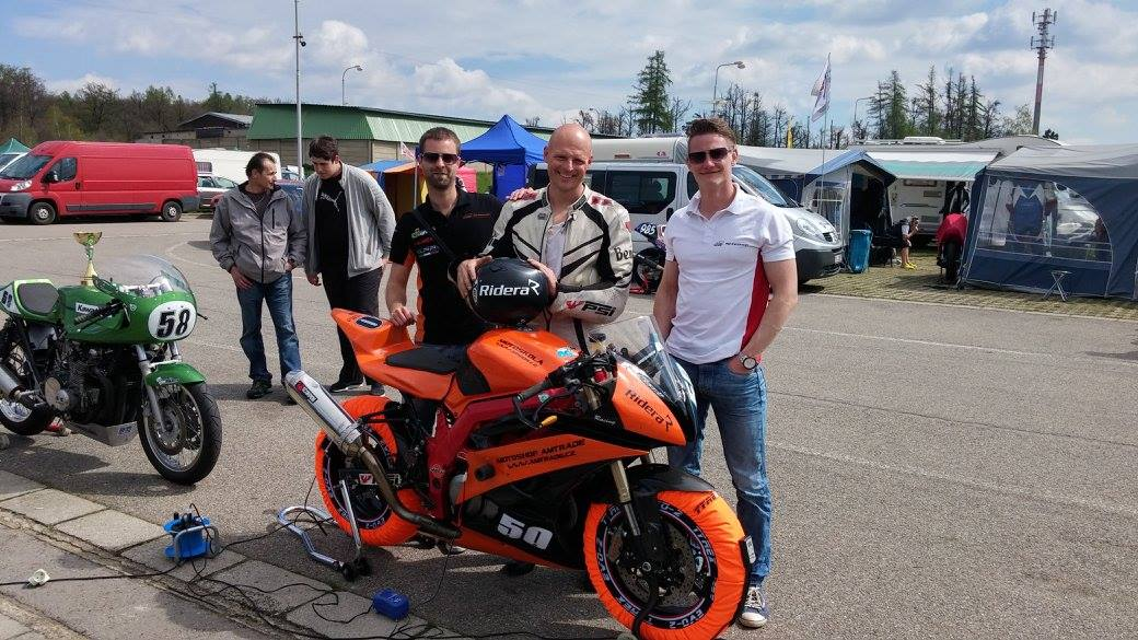 Ridera partnerem Amtrade Racing Team