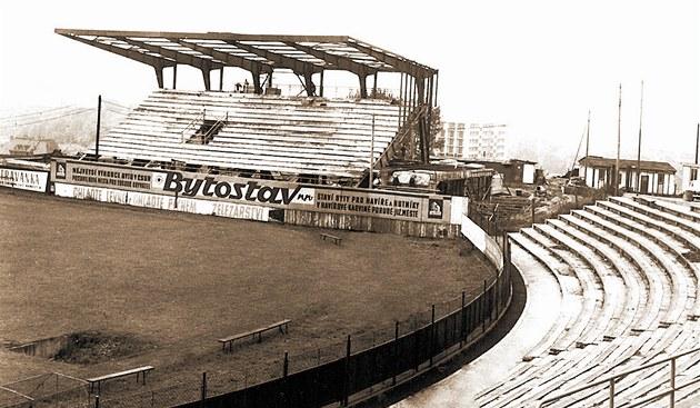 Historie společnosti Ridera na stadiónu Bazaly